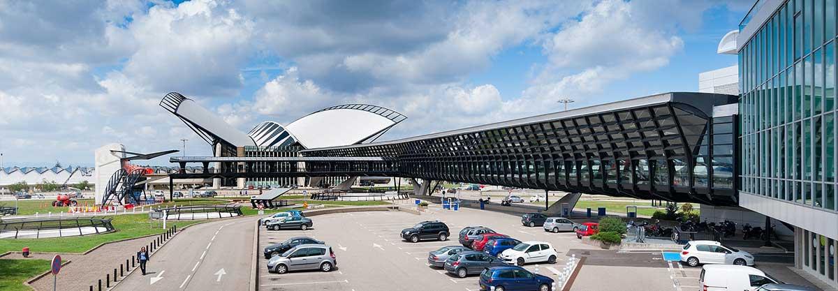 transfert vtc taxi aéroport lyon transfer cab ski resort airport